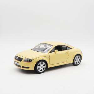 奥迪玩具车犀牛模型