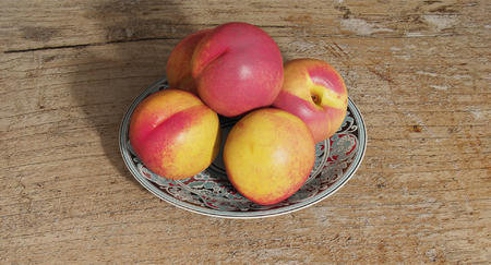 水果盘子桃子木桌渲染